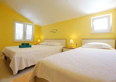 Children's paradise apartments Sukošan Zadar Sunflower apartments (20)